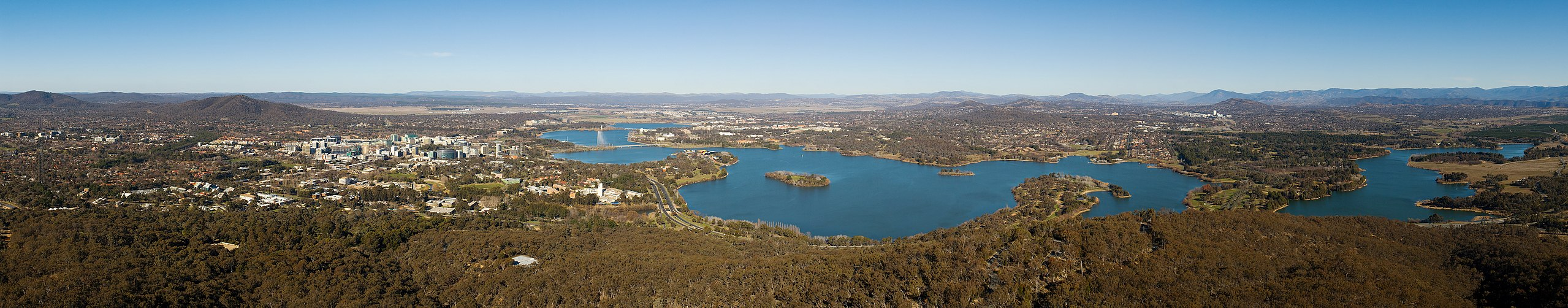 2560px-Canberra_From_Black_Mountain_Tower